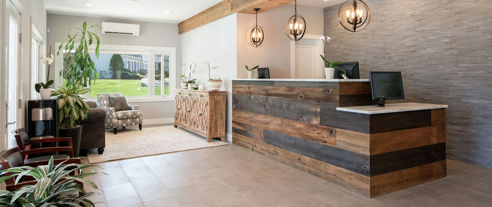 Coastal Chiropractic & Wellness' check in and waiting area